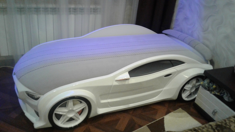 Gulta-mašīna BNW - Balta