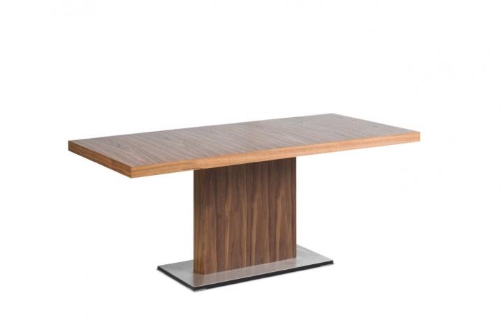 Evita žurnāla galds